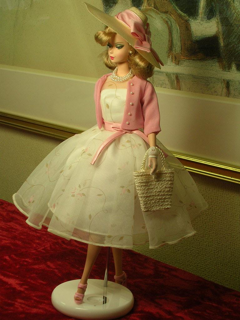 Secretary Barbie 4