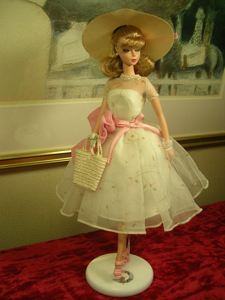 Secretary Barbie 8