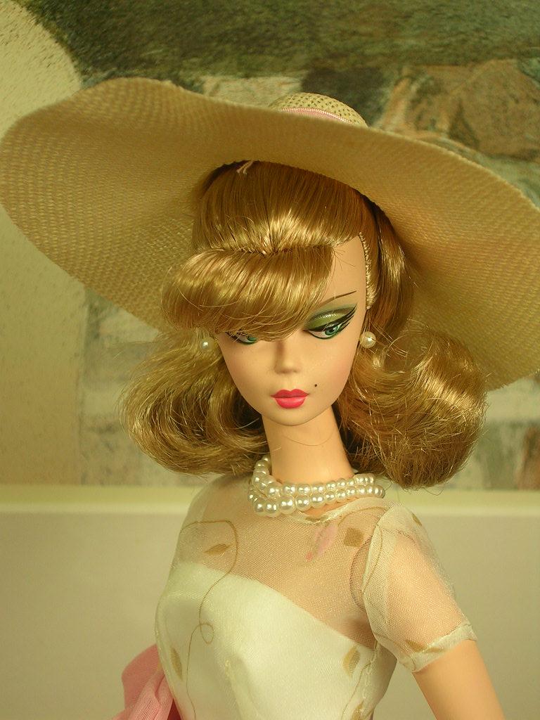 Secretary Barbie 9