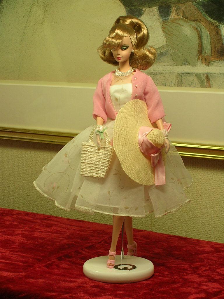 Secretary Barbie 10