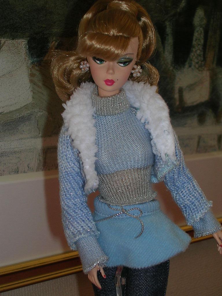 Secretary Barbie 11