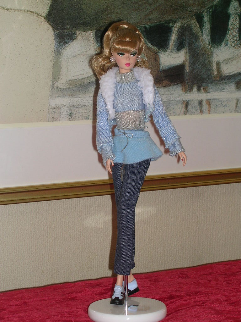 Secretary Barbie 12