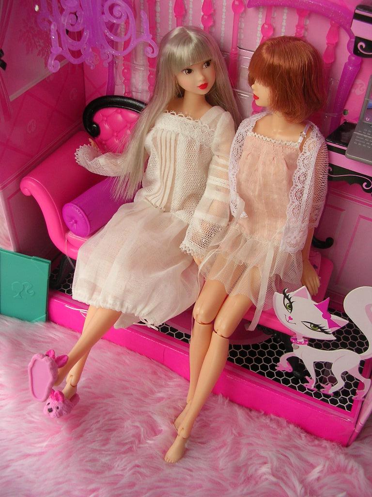 ピンクだいすき バービーのソファ13