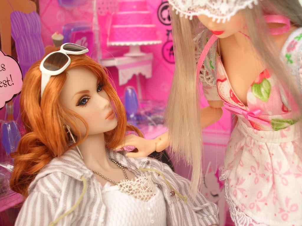 Oz <br />Tin Girl 4