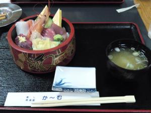 野島岬の海鮮丼