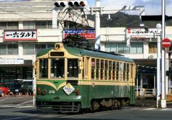 高知駅前にて(2007.2.18)