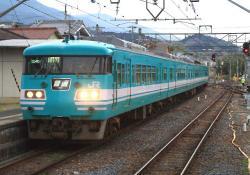北宇智に到着した五条行き電車(2007.3.10)