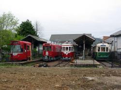 美濃駅に勢揃いした電車