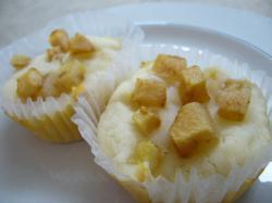 洋ナシのカップケーキ