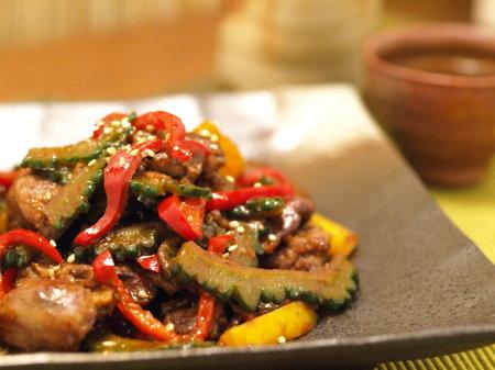 鶏肝とゴーヤーの中華甘辛16