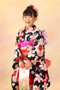 秋田の七五三 スタジオ撮影 7歳 乙葉新作着物 リピーター