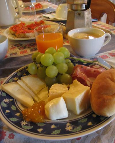 フィレンツェ郊外 朝食