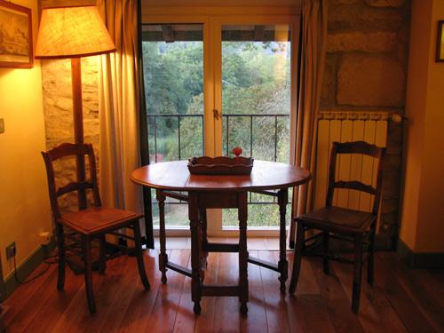 イタリア フィレンツェ カーサパルミラ テーブル