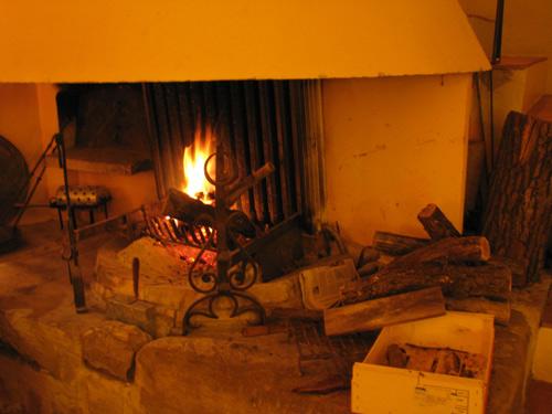 イタリア フィレンツェ カーサパルミラ 暖炉