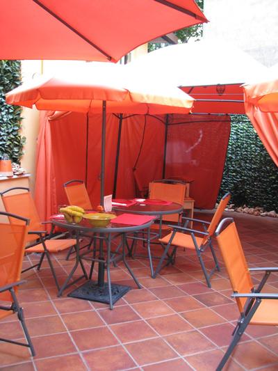 イタリア ローマ 市内 朝食テラス