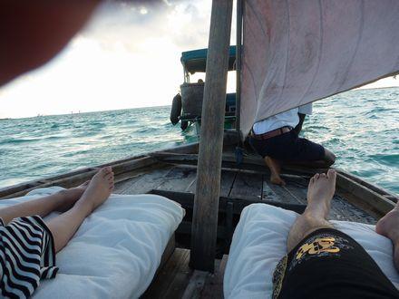 小船でクルージング