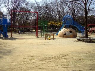 ママが子供のころ遊んだ公園