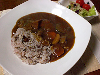 十六穀米と野菜カレー