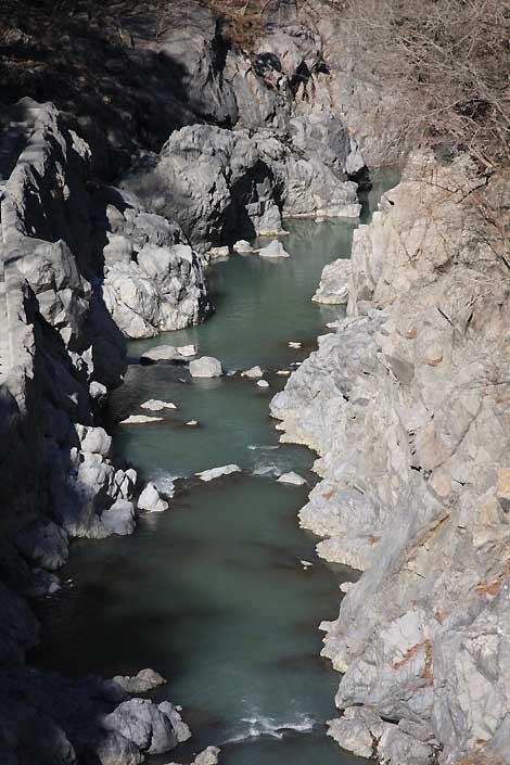 白丸ダム下流