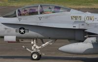 VMFA(AW)-242のF/A-18D