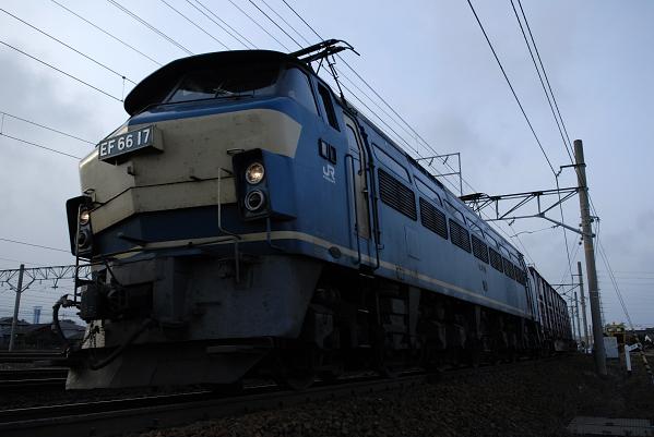 2070レ  EF66-17