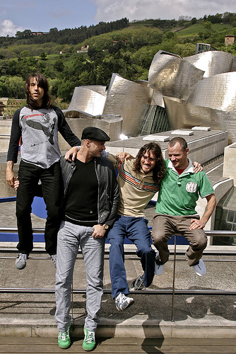 CORRECTION SPAIN RED HOT CHILI PEPPERS