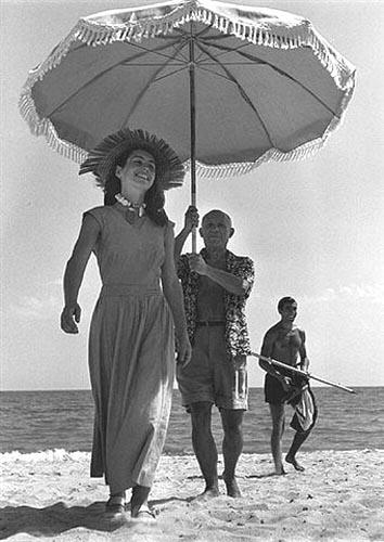 CapaRobert_picassoPablo_Picasso_and_Francois_Gilot_1951.jpg