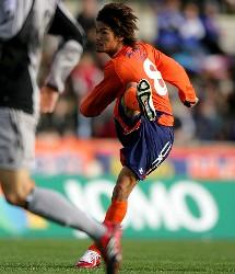 08 Apr 06 - Daigo socks it to those dirty Marinos