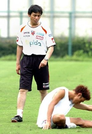 08 Aug 07 - Ardija's salaryman coach