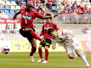 10 Apr 07 - Kota Yoshihara gets his head kicked off going for goal