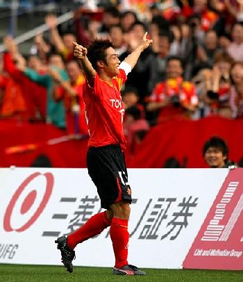 12 Apr 07 - Kei Yamaguchi celebrates his opening goal for Nagoya vs Hiroshima