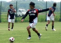 17 Jun 07 - Injury victim Naoya Saeki back in training