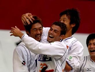 21 Nov 05 - Celebrations with Hiroshi Morita