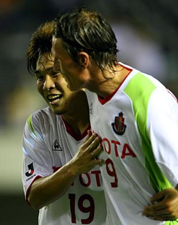 22 Aug 07 - Frode Johnsen celebrates scoring against Hiroshima