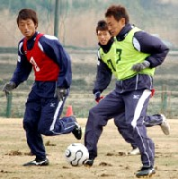 22 Feb 06 - Sakurai back in training
