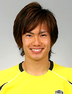 28 Aug 07 - Kota Ogi, new goalkeeper and very nice hair