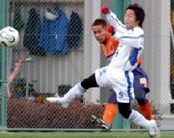 28 Feb 06 - Fujimoto fights in friendly