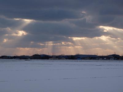 雪原の夕暮れ