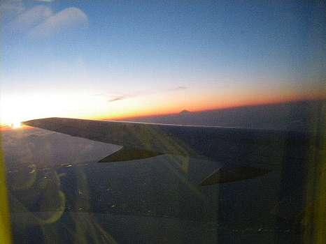 機上からの夕焼け富士