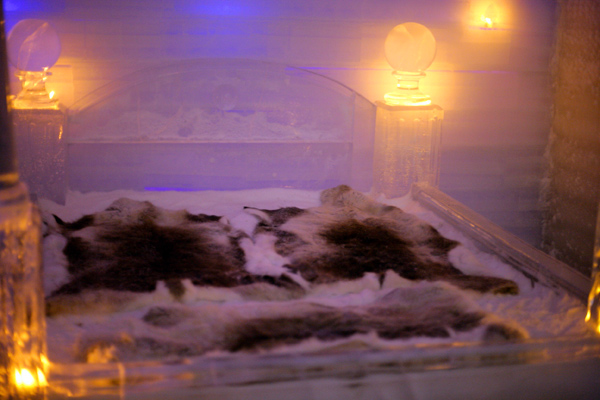 氷のベッド