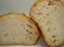 大豆パン断面