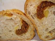 無花果のパン断面