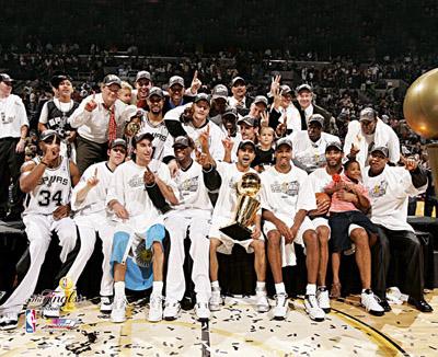Spurs_2007_GrandFinale.jpg