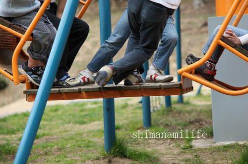 外で遊ぶ元気な子供IMG_10049_