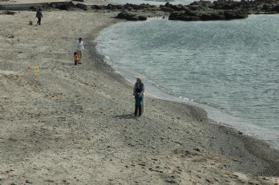 お店の前の砂浜だよ