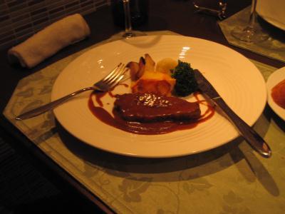 お肉料理A