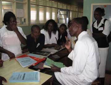 患者搬送について学ぶ(Kisii 県病院)