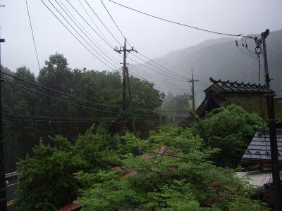 5月29日雨の朝