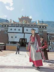 チベット動乱50年 抑圧の包囲 たぎる不満