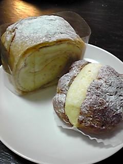 バナシュー(左)とシュークリーム(右)